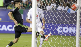 Mexico crush Cuba in Gold Cup opener